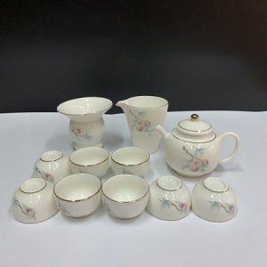 bộ ấm trà gốm cảnh đức họa quả đào thủ công đẹp pha trà kết hợp tống lọc tiện lợi.