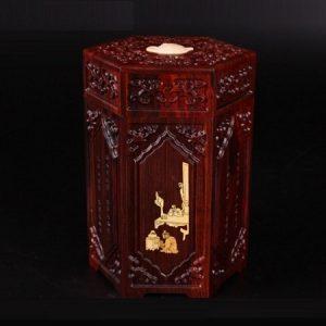 hũ đựng trà gỗ đàn chạm khắc nổi phỏng cổ dáng lục phương đẹp ht11 cao 14,5cm