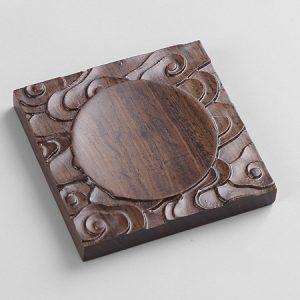 lót chén trà gỗ gụ dáng vuông khắc phong vân đẹp để kê ly trà.