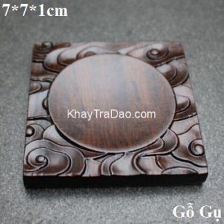 lót chén trà gỗ gụ dáng vuông khắc phong vân đẹp để kê ly trà