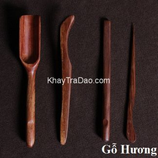 bộ pha trà bằng gỗ hương gồm nhiều trà cụ đẹp dùng để pha trà