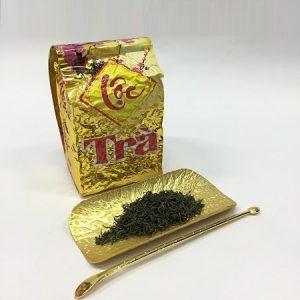 trà đinh hảo hạng được chọn lọc từ những nõn trà ngon và sạch của vùng tân cương.