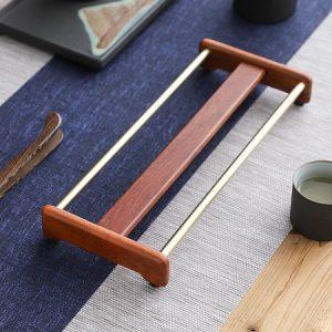 giá gác ly trà bằng gỗ hương kết hợp đồng để úp cốc chén đẹp dài 28cm