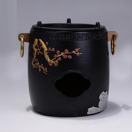 bếp đun nước pha trà bằng gang dùng với than hoa hoặc cồn họa tiết báo xuân đẹp