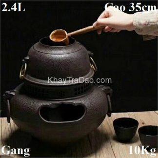 bếp đun nước pha trà bằng gang kèm nồi đựng nước dùng với gáo múc