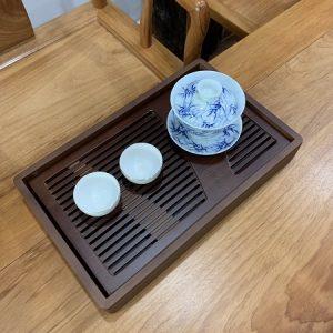 khay trà tre chiêu liêu dạng hộp chữ nhật để ấm chén trà màu gỗ sang trọng bền đẹp 35x22cm