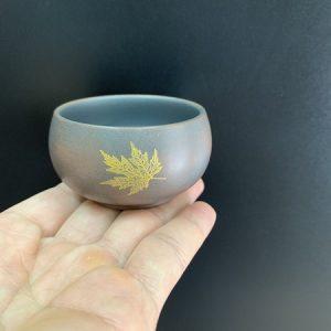 Ly uống trà tử sa cỡ nhỏ cao cấp gốm nê hưng hoả biến khắc lá đề thủ công 40ml