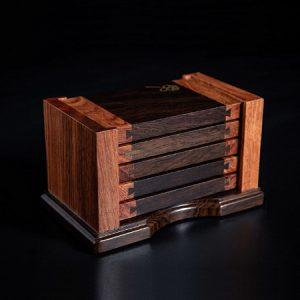 Bộ 5 lót ly trà gỗ hình chữ nhật cao cấp dùng để kê chén trà bằng gỗ gụ bền.
