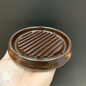 Đế kê ấm trà phíp dáng tròn màu đen đẹp kích thước vừa phải 13x2cm bền