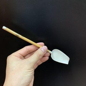Xúc trà bạc nguyên chất 999 cán gỗ dài 19cm dùng để múc trà cho vào ấm bền đẹp